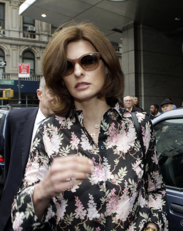 FILE - In this May 3, 2012 file photo, Linda Evangelista leaves Manhattan Family Court in New York. Evangelista and billionaire French businessman Francois-Henri Pinault have reached a settlement in their child support fight over the care of their 5-year-old son. Details weren't available, but Evangelista had said in court papers that she was spending $46,000 a month on his expenses, including bodyguards and a 24-hour nanny. (AP Photo/Frank Franklin II)