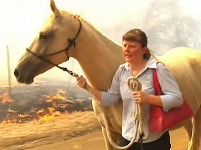 Raw: Aussie Bushfires Force Evacuations