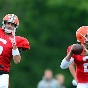 Browns to start Hoyer over Manziel at QB