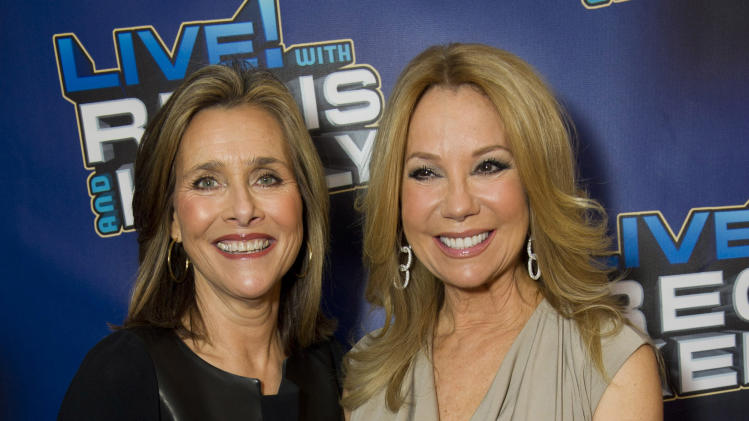 Meredith Vieira Left And Kathie Lee Gifford Arrive For Regis