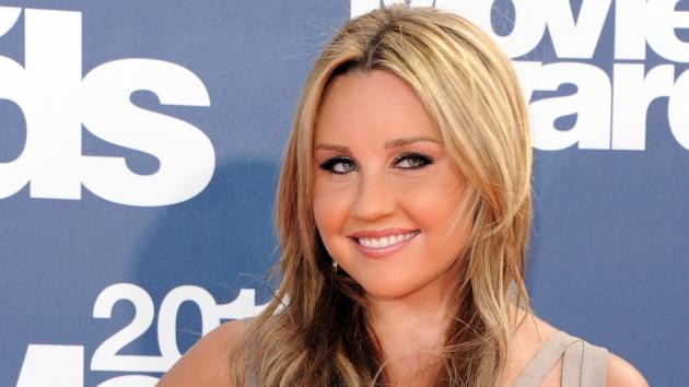 Amanda Bynes arrives at the 2011 MTV Movie Awards at Universal Studios' Gibson Amphitheatre in Universal City, Calif., on June 5, 2011 -- Getty Premium