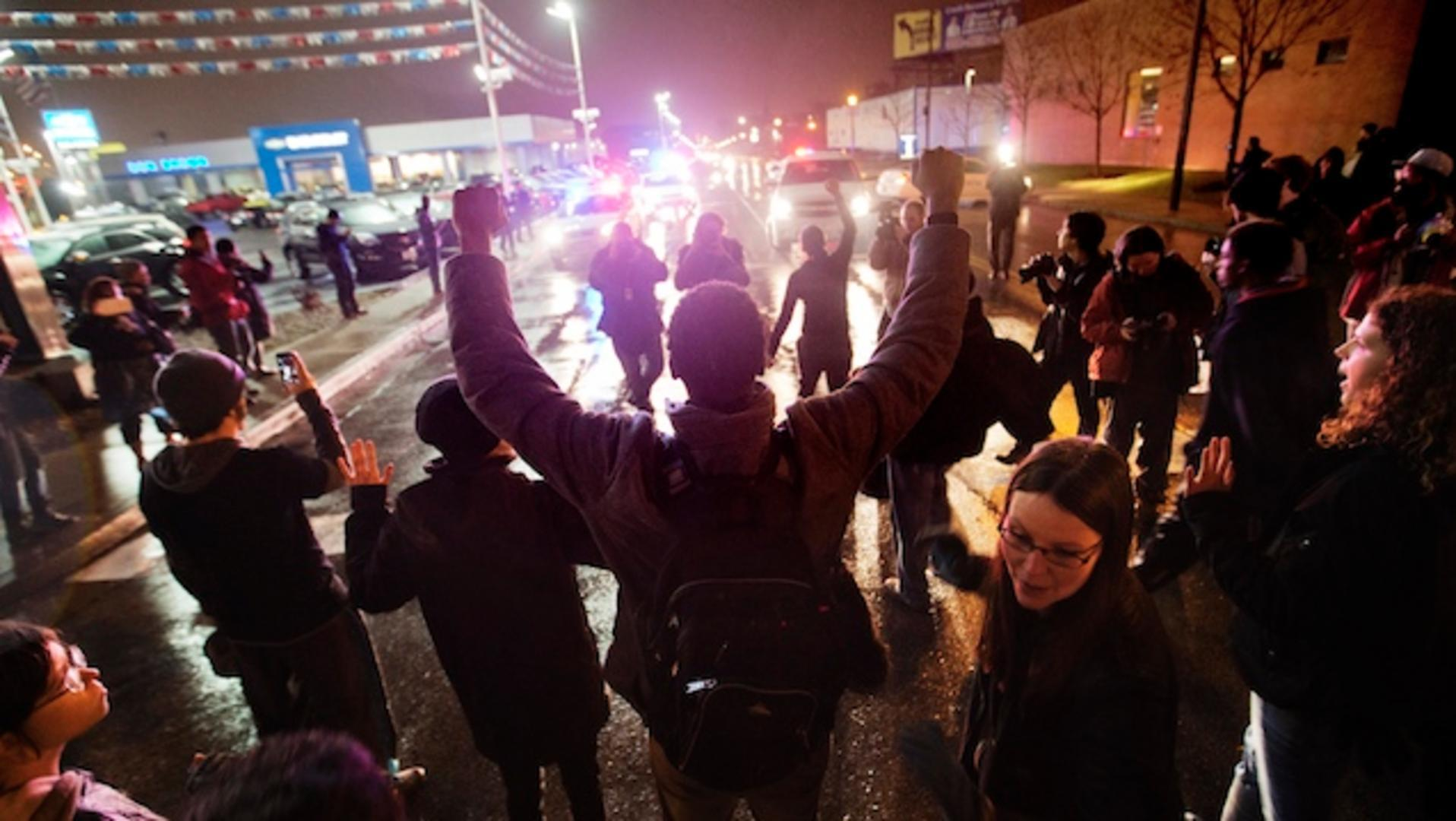 Ferguson prosecutor: Some witnesses lied, including woman who didn't see shooting
