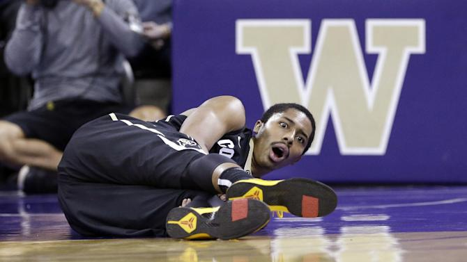 Colorado's Dinwiddie out for year with knee injury