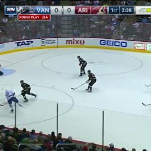 Mike Smith Save on Chris Higgins (17:23/1st)