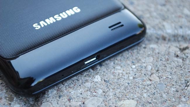 Galaxy S IV may not have an unbreakable display after all