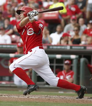 Negron hits 1st homer in Reds' 6-3 win over Bucs