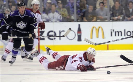 Quick leads Kings past Coyotes 1-0 in overtime