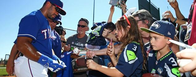 Seattle Seahawks QB practices with MLB team