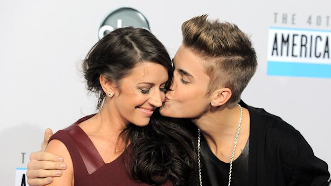 Bieber's mom: conversations with son are private