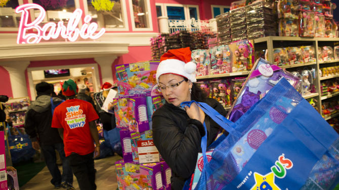 AP PHOTOS: Ready, set, shop! Black Friday begins