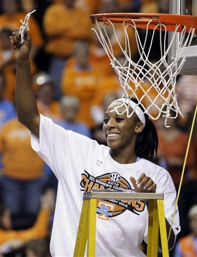 No. 13 Tenn. women beat LSU 70-58 to win SEC title