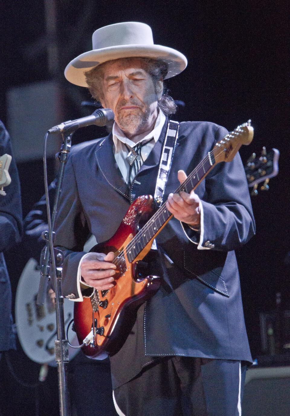 U.S musician Bob Dylan performs at the London Feis Festival, in Finsbury Park, Saturday, June 18, 2011, just weeks after his 70th birthday. (AP Photo/Joel Ryan)