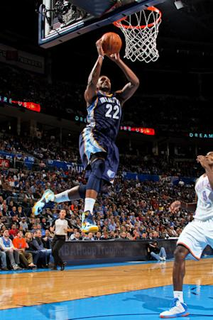 Grizzlies slug out 107-97 win over Thunder