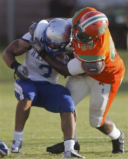 Owens, Florida A&M pull away from Hampton 44-20