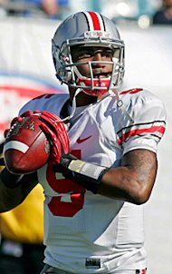 QB Braxton Miller should be an excellent fit in Ohio State's new spread offense. (AP)