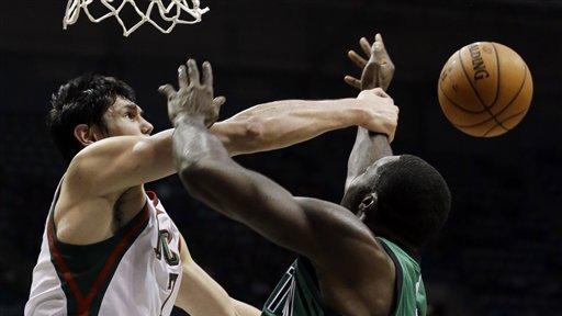Bucks rally for 91-88 victory over Celtics