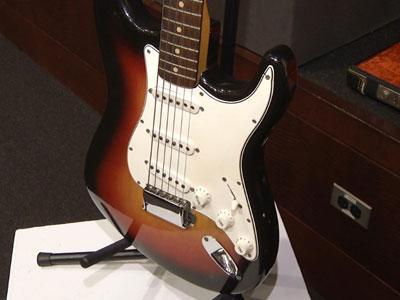 Dylan's Electric Guitar Sets Auction Record