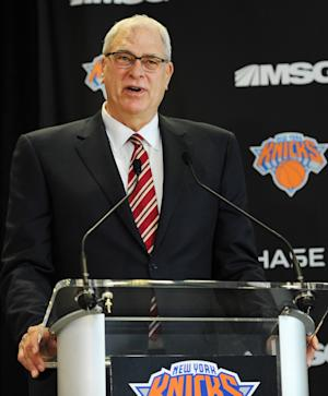 Jackson seeking Knicks coach, says it won't be him