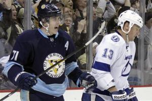 Red hot Malkin nets 2 as Pens beat Lightning 4-2