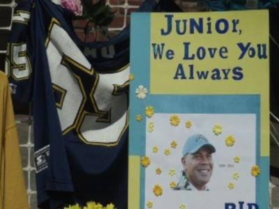 Seau's death ruled a suicide