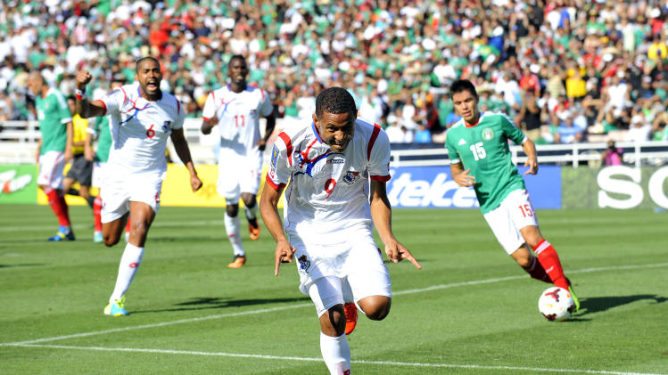 Soccer: Gold Cup-Mexico vs Panama