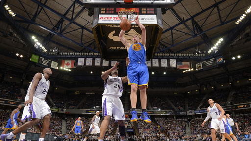 Warriors hold off Kings 101-92 in Sacramento