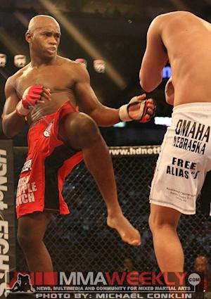 Yves Edwards Welcomes Strikeforce Vet Isaac Vallie-Flagg to the Octagon at UFC 156