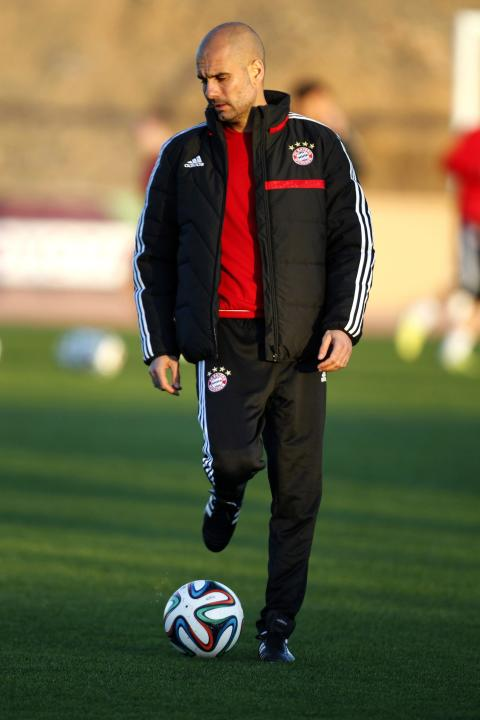Bayern Munich's head coach Pep Guardiola attends a training session in Marrakech Stadium
