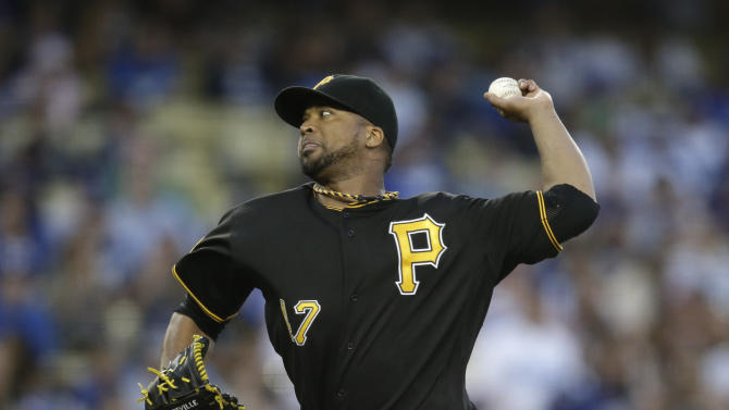 Liriano beats Beckett as Pirates top Dodgers 2-1