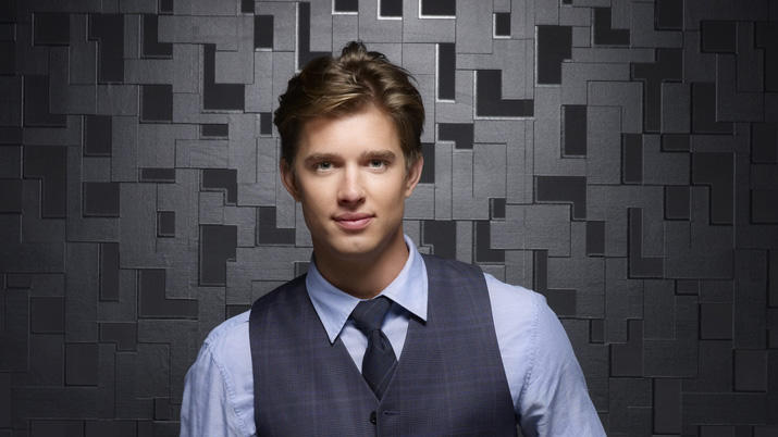 """Pretty Little Liars"" - Drew Van Acker"