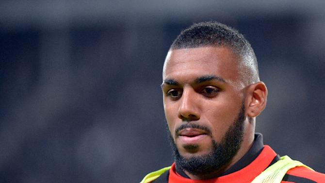 Troubled French international midfielder Yann M'Vila trashed his rented house before seeking . - bcd557e85d62598a62a826a1e0498346aebe0f8c
