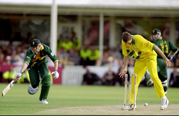 Glenn McGrath runs out Steve Elworthy