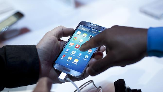 Samsung Debuts Its New Flagship Smartphone, The Galaxy S IV