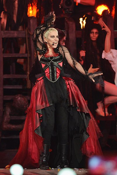 Annie Lennox captained an actual ship in red and black gothic, romantic vestments. (Jeff J Mitchell/Getty)