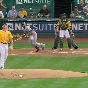 Santana's two-run homer