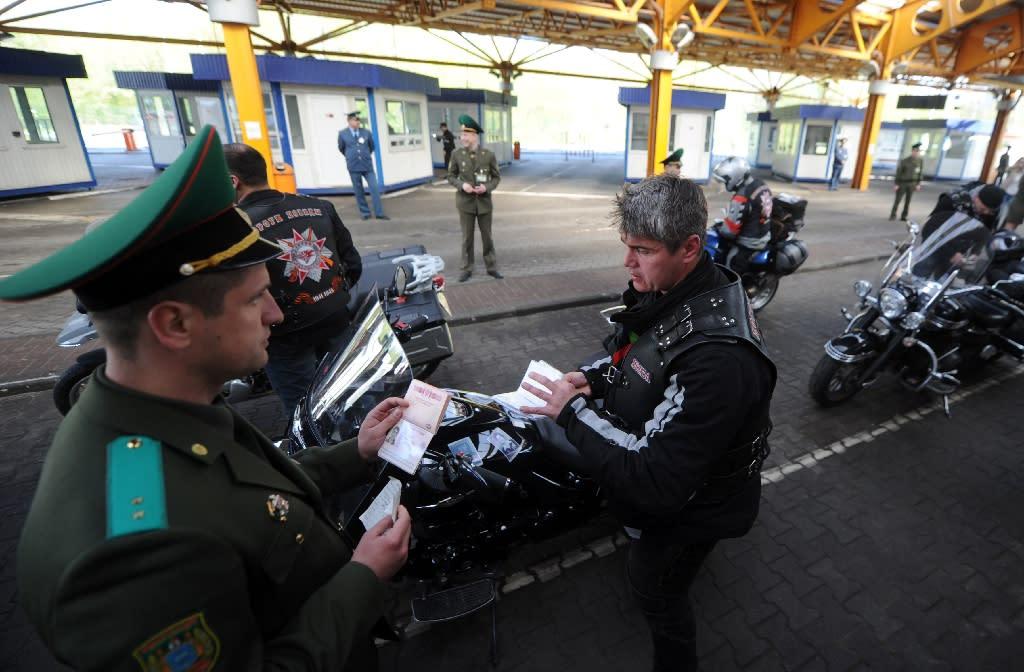 Pro-Putin bikers heading for Berlin barred at Polish border