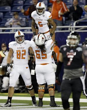 Bowling Green tops No. 16 Northern Illinois 47-27