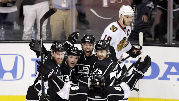 Blackhawks on the brink after Kings keep rolling with 5-2 win i…