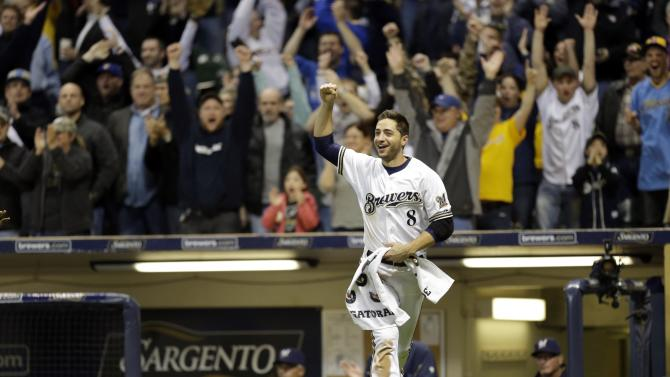 MLB: San Francisco Giants at Milwaukee Brewers