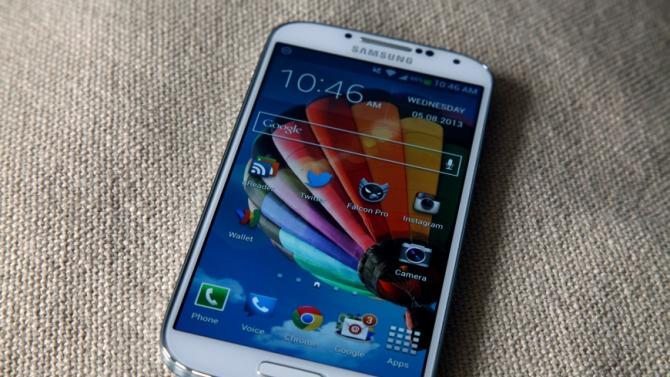 Galaxy S3, S4 account for over half of all Samsung's mobile traffic
