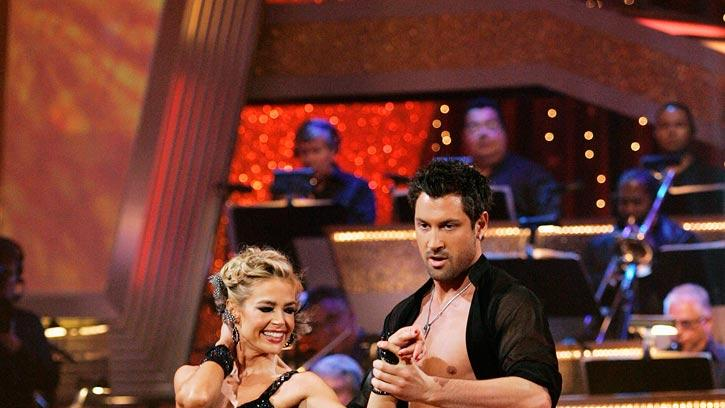 "Denise Richards and Maksim Chmerkovskiy perform the Samba to ""Take a Picture"" by Filter on ""Dancing with the Stars."""