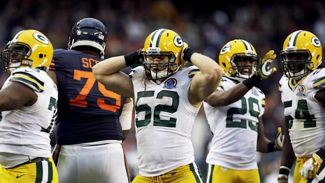 Green Bay Packers outside linebacker Clay Matthews (52) celebrates after sacking Chicago Bears quarterback Jay Cutler (6) in the second half of an NFL football game in Chicago, Sunday, Dec. 16, 2012. The Packers won 21-13 to clinch the NFC North title. (AP Photo/Nam Y. Huh)