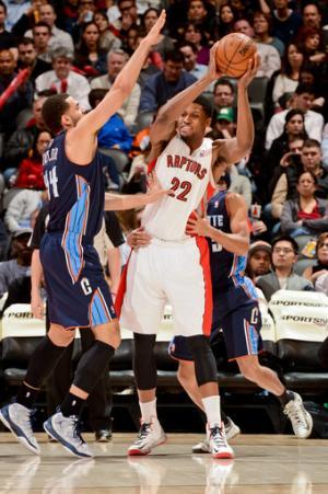 Johnson has 21 rebounds as Raptors beat Bobcats