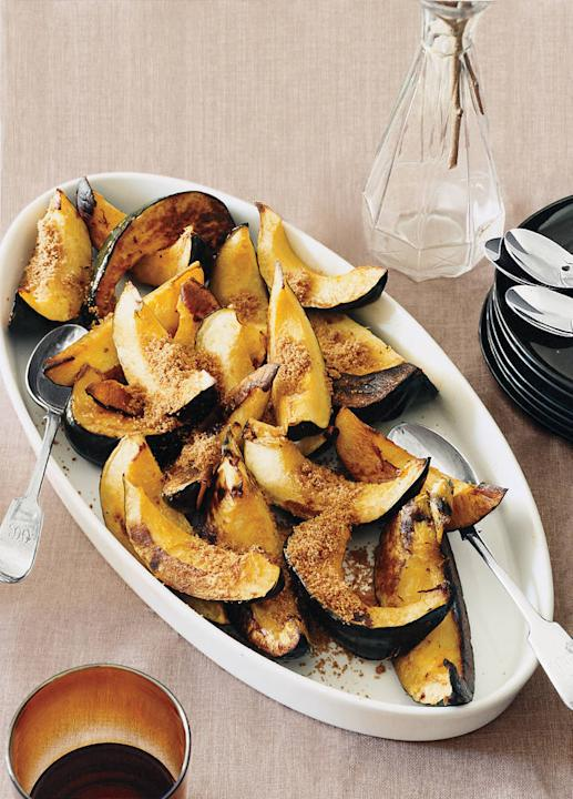 Acorn Squash with Sweet Bread Crumbs