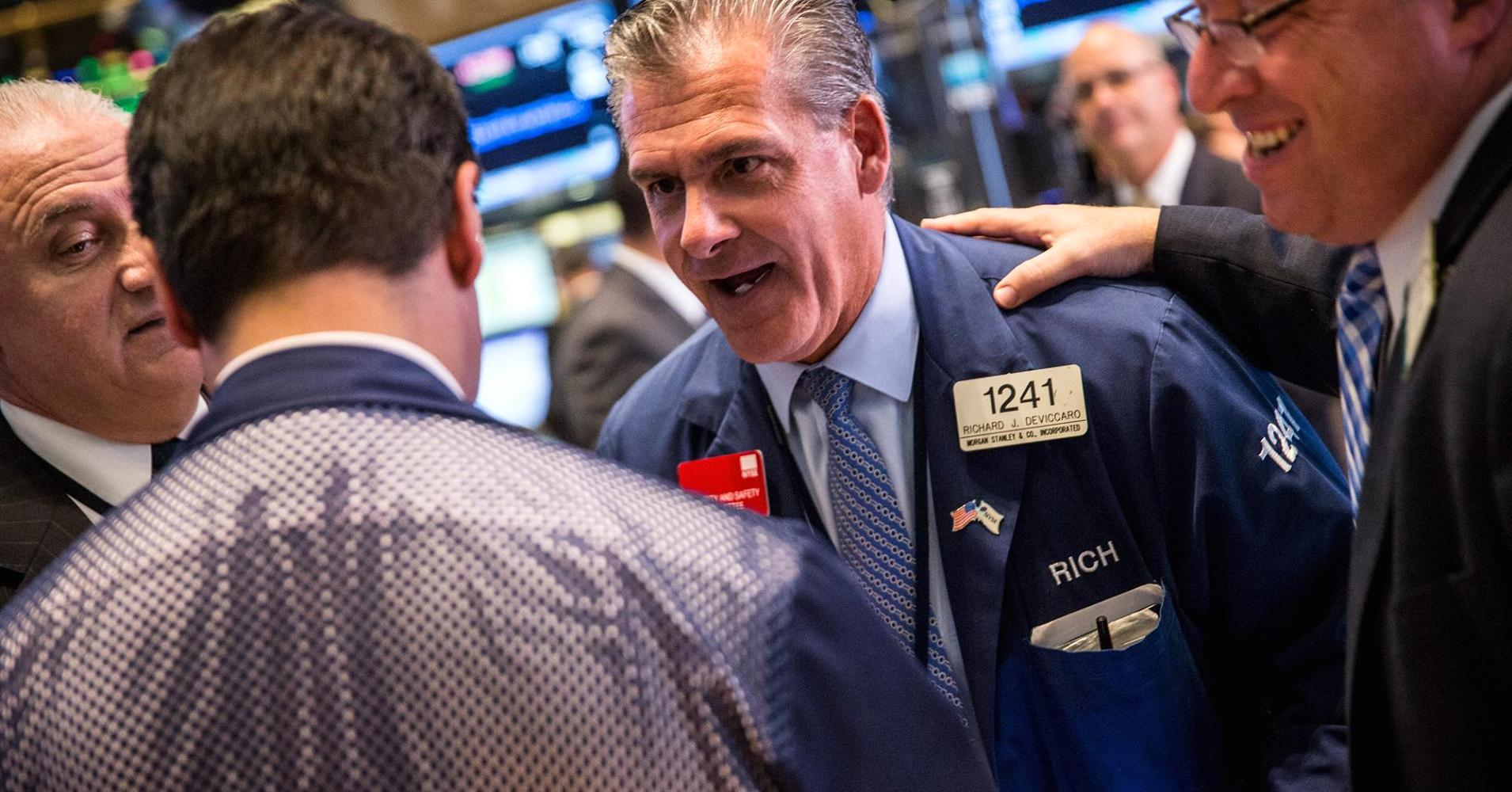 Dow, S&P snap 5-day losing streak as oil pops 12%