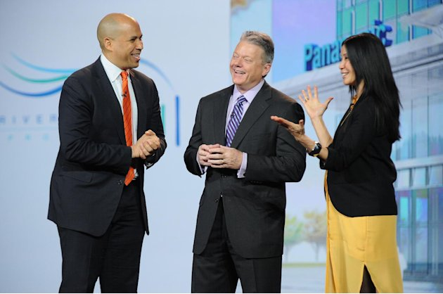 iIMAGE DISTRIBUTED FOR PANASONIC - From left, the Mayor of Newark, NJ, Cory Booker, Panasonic North America CEO Joe Taylor and Lisa Ling seen during the Panasonic keynote presentation at the Internati