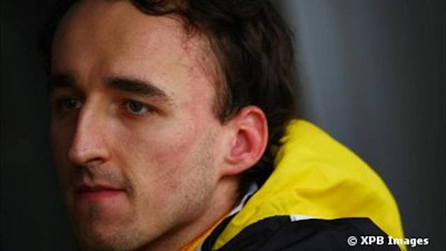 Kubica a aid Ford  progresser sur asphalte