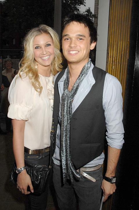 "Celebrity splits 2012: Gareth Gates and his wife Suzanne Mole announced that they were divorcing after three years of marriage in October. They released the following statement: ""Despite our efforts o"