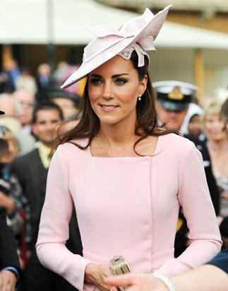 gty_kate_middleton_2_nt_120529_ssv.jpg