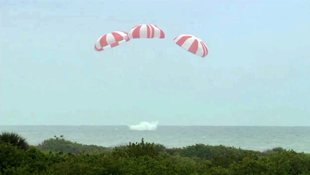 Successful SpaceX escape test 'bodes well for future'